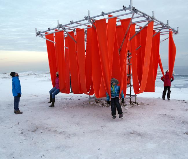 DL-0215-winterstations3