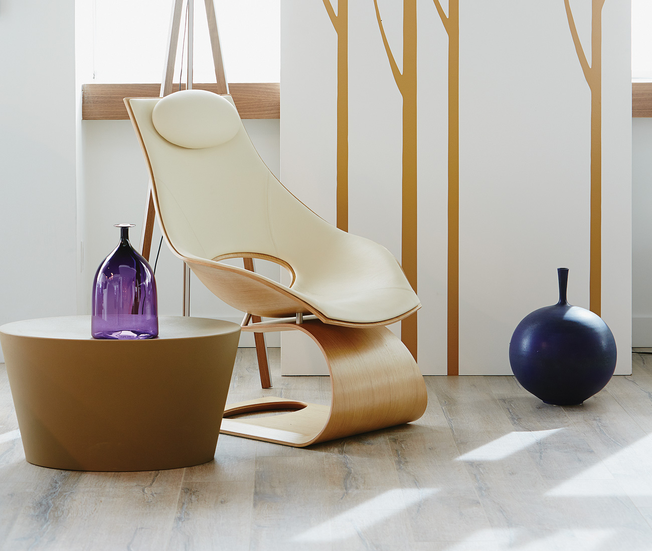 High-End Furniture And Home Decor