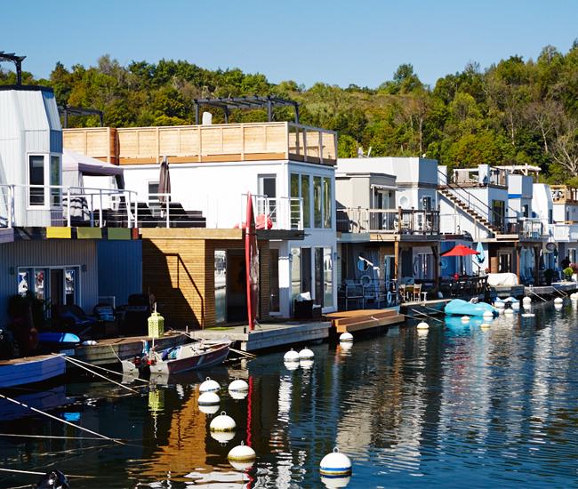 Toronto Float Homeowners Embrace The Life Aquatic