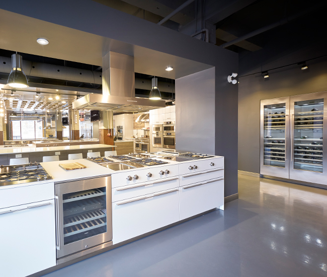 The Kitchen Studio: Luxe Appliance Studio Hosts Cooking Class Demos