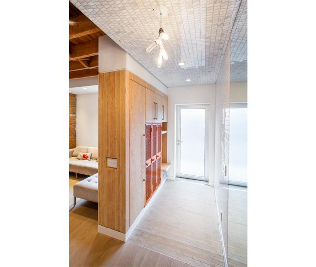 DL-0217-Foyers-WandaEly