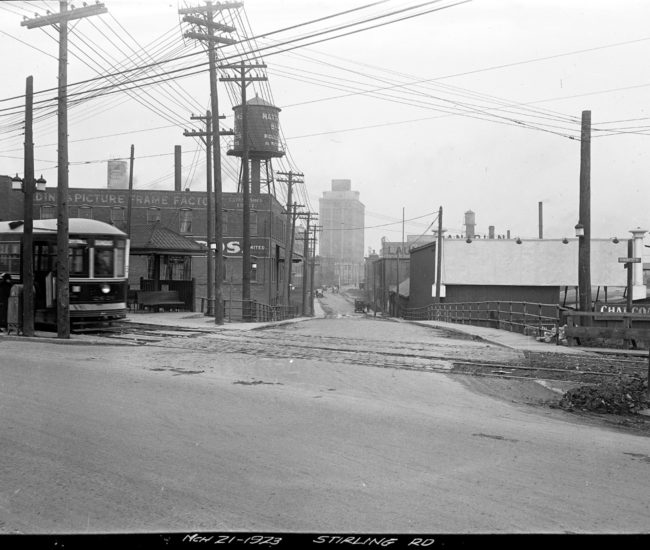 The entrance to Sterling Road as it appeared in 1923.